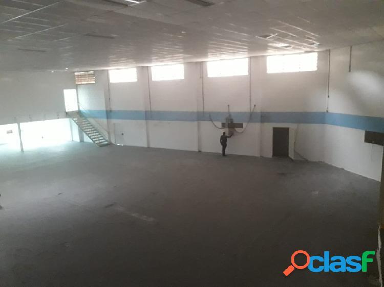 Galpão para locação área toral de 1.150 m² chácara marcos barueri