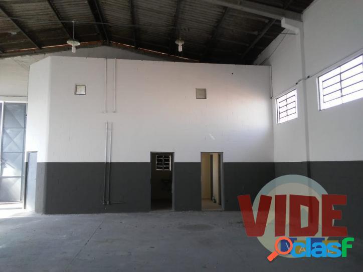 Galpão localizado no bairro industrial Chácaras Reunidas, SJC 3