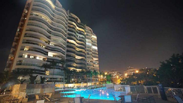 Apartamento barra da tijuca américas park vista mar. 170m2