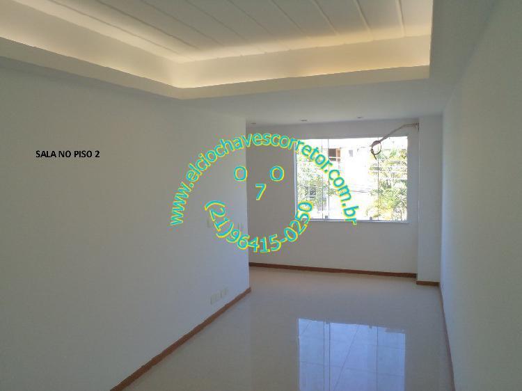 Casa nova em condomínio fechado fino acabamento de 3
