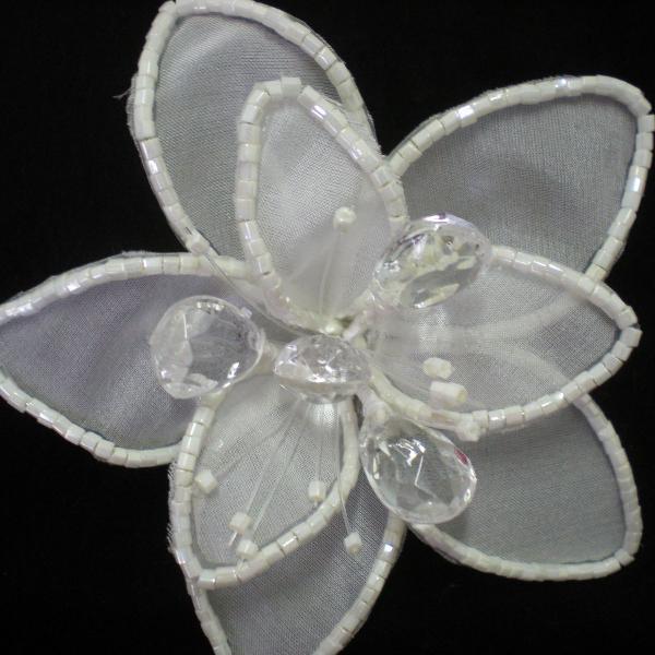Flor de seda para cabelo de noiva