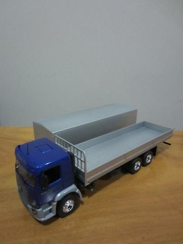 Miniatura caminhão volkswagem constellation 24-250