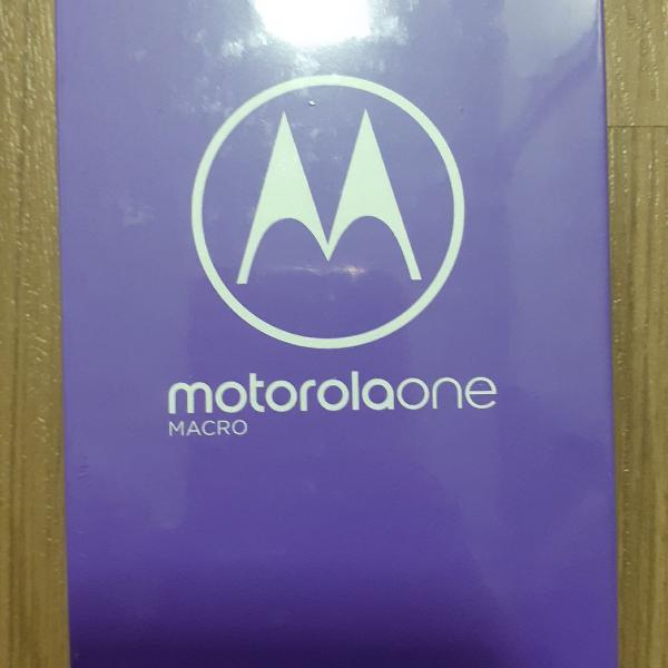 Moto one macro azul espacial