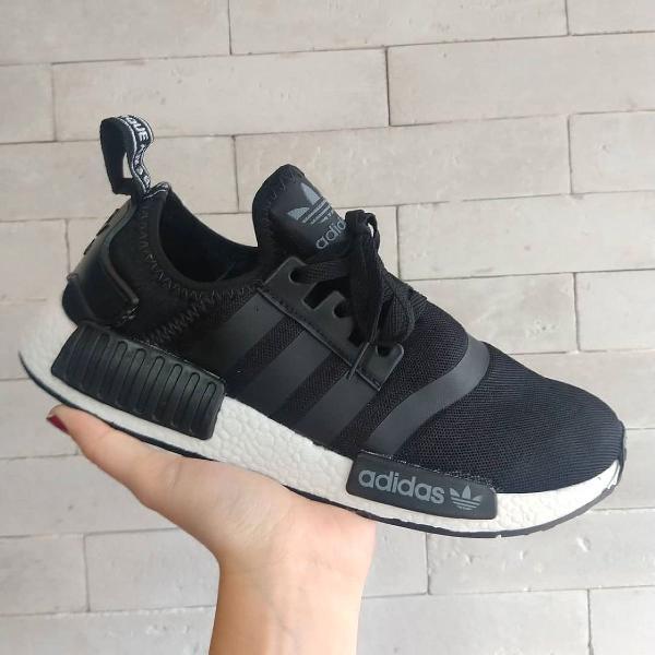 Tênis adidas nmd preto com branco