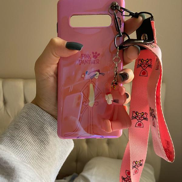 Capa pantera cor de rosa com suporte e pingente