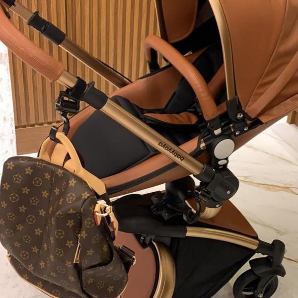 Carinho de bebê luxo