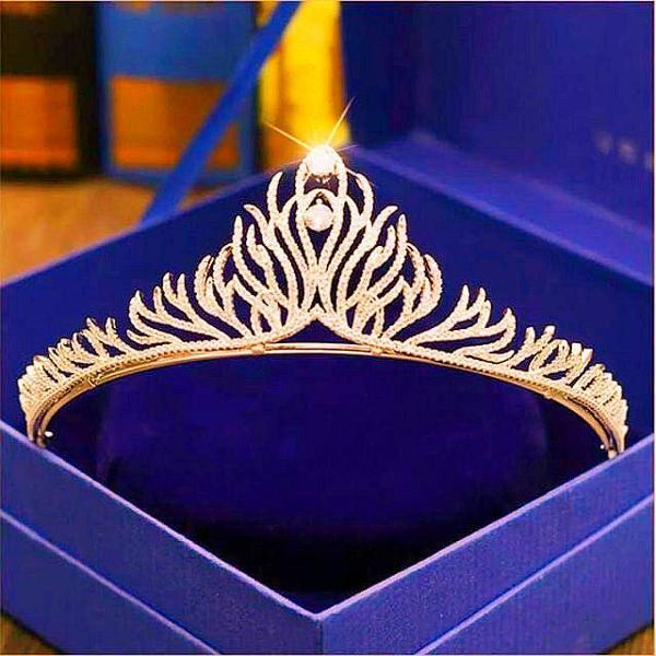 Coroa tiara dourado porta coque noiva festa 15anos casamento