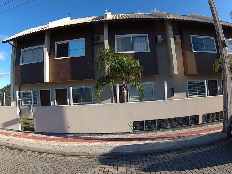 Casa-em-condominio-para-venda-em-ribeirao-da-ilha-florianopo
