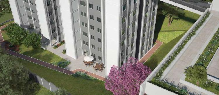 More no melhor e maior apartamento de 2 quartos da região