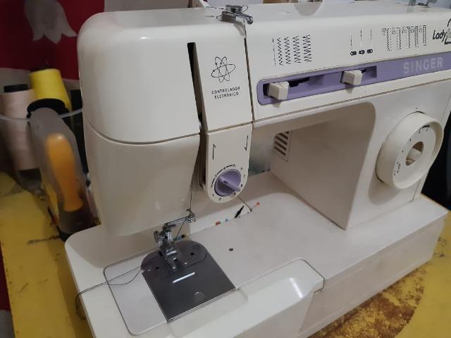 Máquina de costura /$500 reias