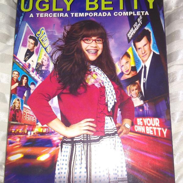 Ugly betty está aqui pedindo a sua aprovação!!