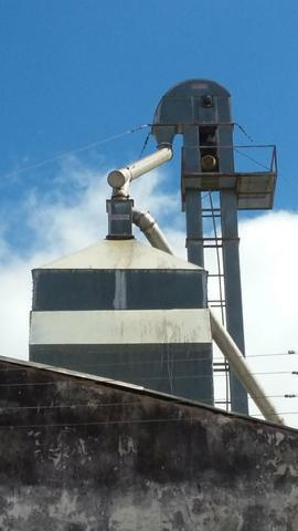 Vende se secador 15 ton. exaustor 20 cv e elevador de 18 m
