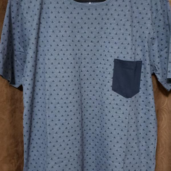 Camiseta triângulos youcom