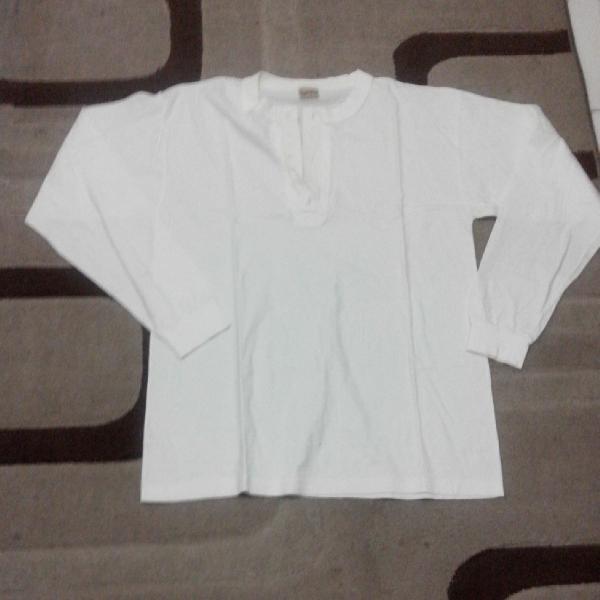 Blusa branca manga comprida da marca angelo