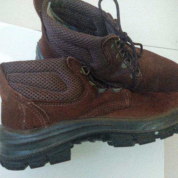 Botas crival - conforto e resistência para seus pés