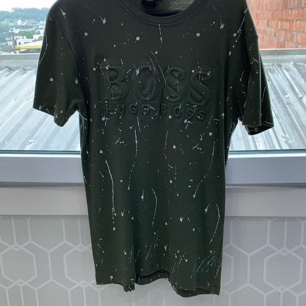 Camiseta masculina manga curta tamanho m marca hugo boss