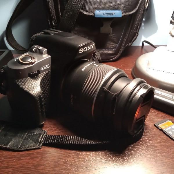 Câmera sony alpha 330