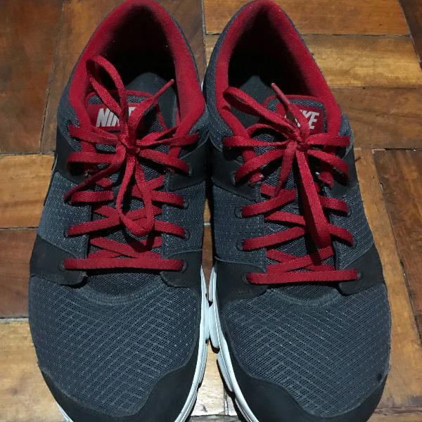 Nike flex run tam. 44
