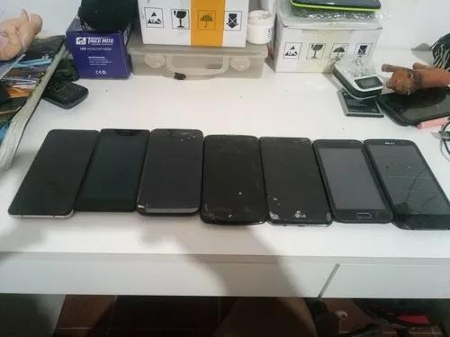 Lote de celulares com telas quebradas