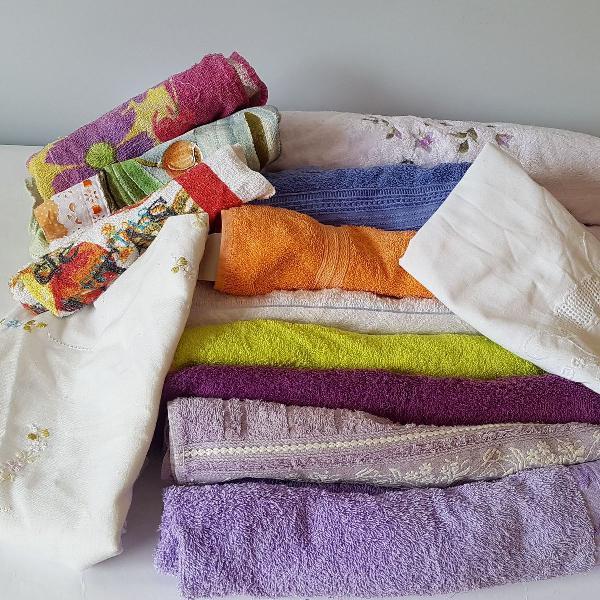 2 toalhas de banho + 6 toalhas de rosto + 2 centros de mesa