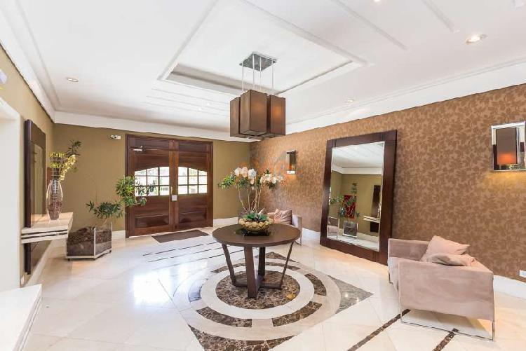 Apartamento á venda/ ed. giardino dei fiori/ alto da xv/244