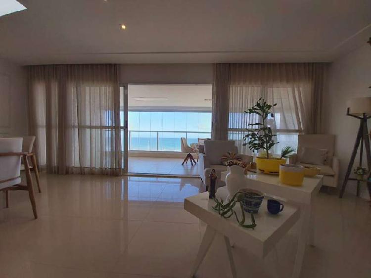 Apartamento beira mar, 212m², 3 suítes com sala ampliada,