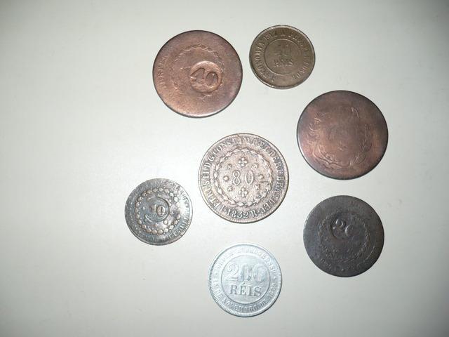 Compro moedas antigas- nacionais e estrangeiras-pago na