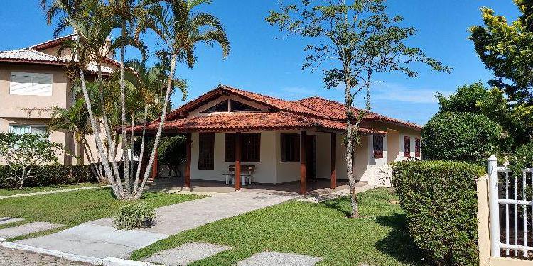 Casa para alugar no bairro campeche em florianópolis/sc
