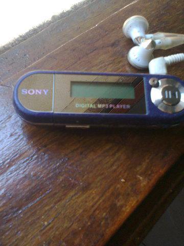 Mp3 player da sony original semi-novo.