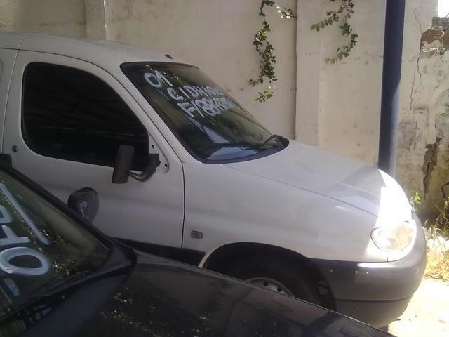Peugeot partner 1.8 baú c/gnv 2001