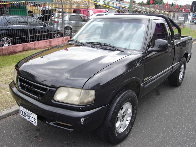 S10 pick-up luxe 4.3 v6 gnv 3 lugares 1997