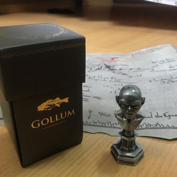 Busto gollum + mapa terra média (omelete box)