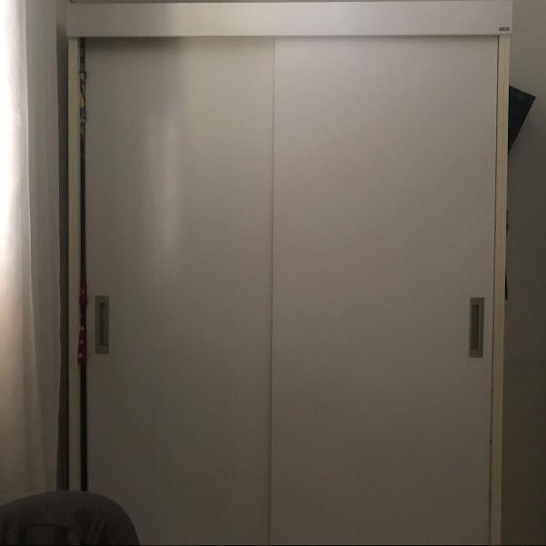 Guarda roupa armário branco porta de correr