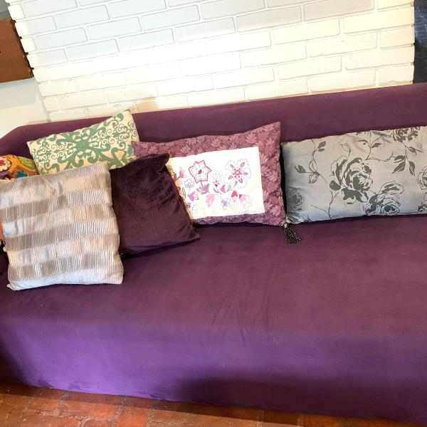 Sofá tipo chaise lounge