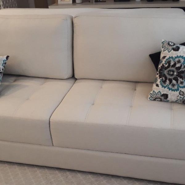 Sofa creme elegante