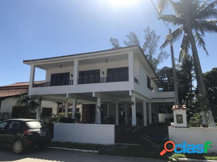 Excelente casa duplex com 5 quartos (2 suítes) mais terrenos em condomínio