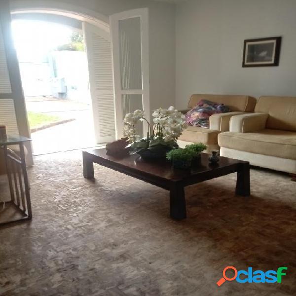 Excelente casa em otima localização bairro Boa Vista 3