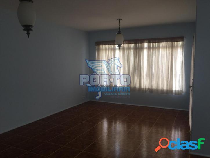 Casa 3 qtos.1 suíte à venda na Vila Flores, próx. do Centro - OFERTA