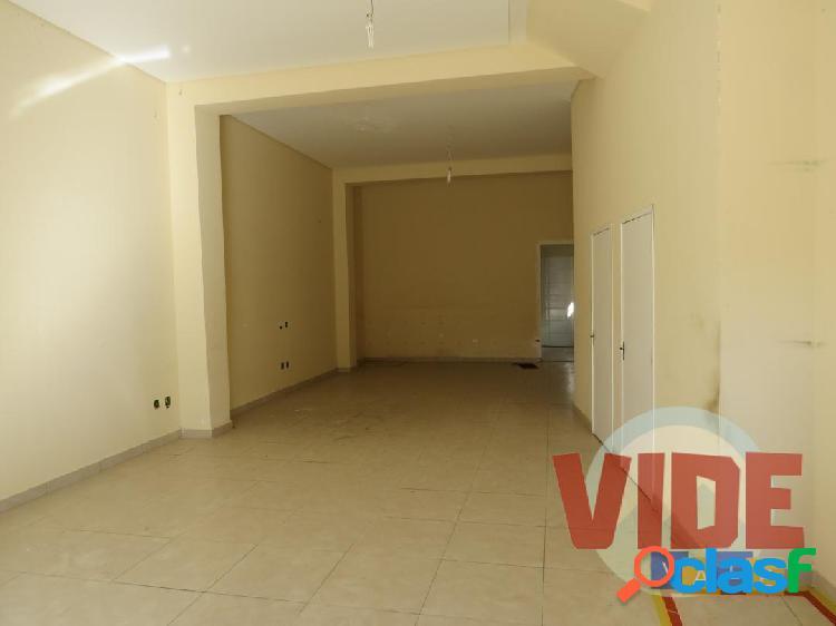 Sala Comercial com 120 m², na zona norte de São José 1