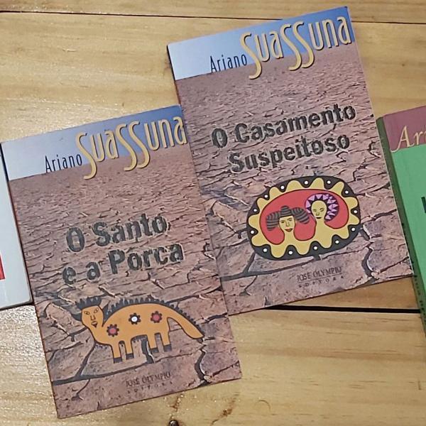 3 livros de ariano suassuna pelo preço de 1