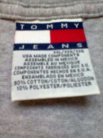 Camiseta da tommy hilfiger masculina importada tamanho xxg.