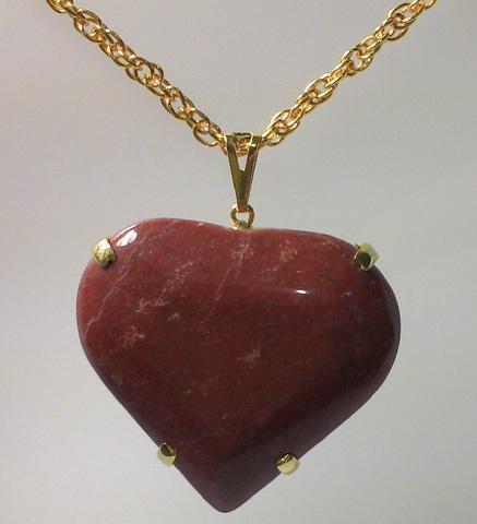 Colar com pedra natural - coração
