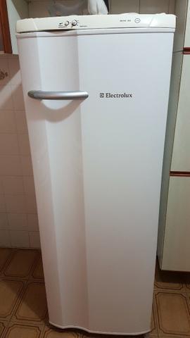 Geladeira electrolux rde 30 super - 1 porta
