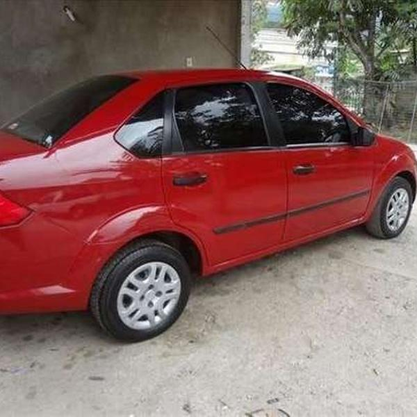 Ford fiesta 2006 1.6 completo vermelho