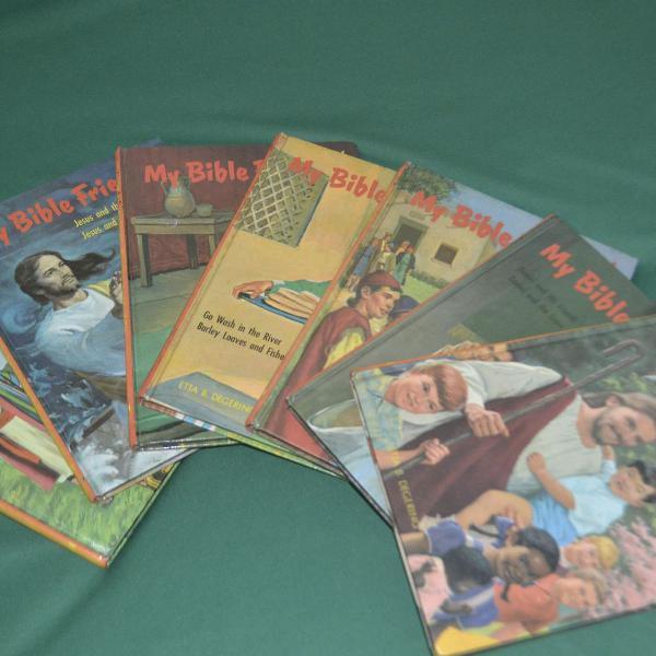 My bible friends - livros didáticos biblicos escritos em