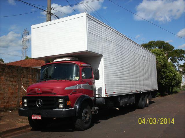 Caminhão baú mb 1113 - ano 1983 - vermelho