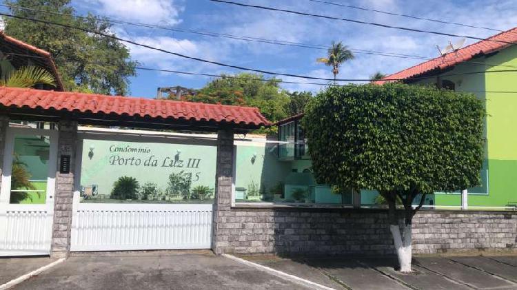 Casa em condomínio palmeiras cabo frio