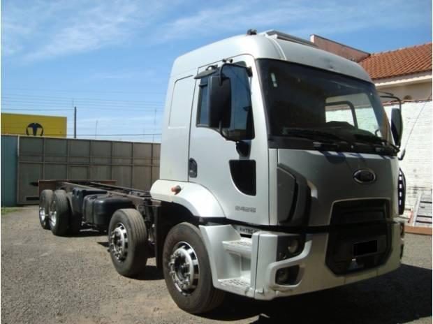 Frod 2428 8x2 2011/2012 cab. leito chassis