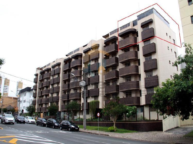 Linda cobertura duplex com amplo terraço na av água verde