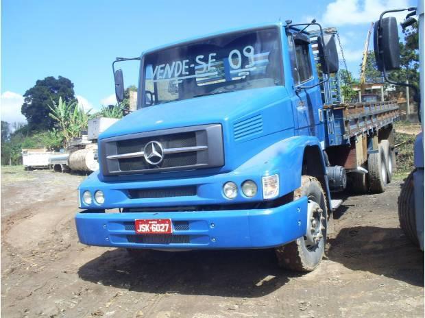 Mb 1620 truck ano:2009 com carroceria